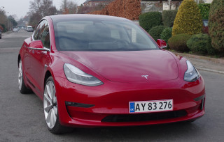 Biltest: Tesla Model 3 Performance